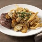 Recept: Biefstuk met champignons en pasta