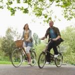 Zon, buitenlucht, terras en fietsen