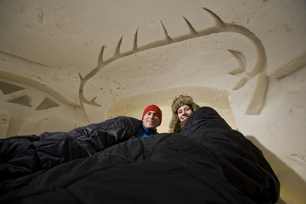 arctic-snowhotel-room