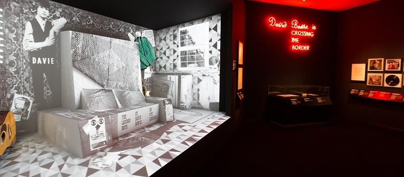 Tentoonstelling David Bowie is in Groninger Museum