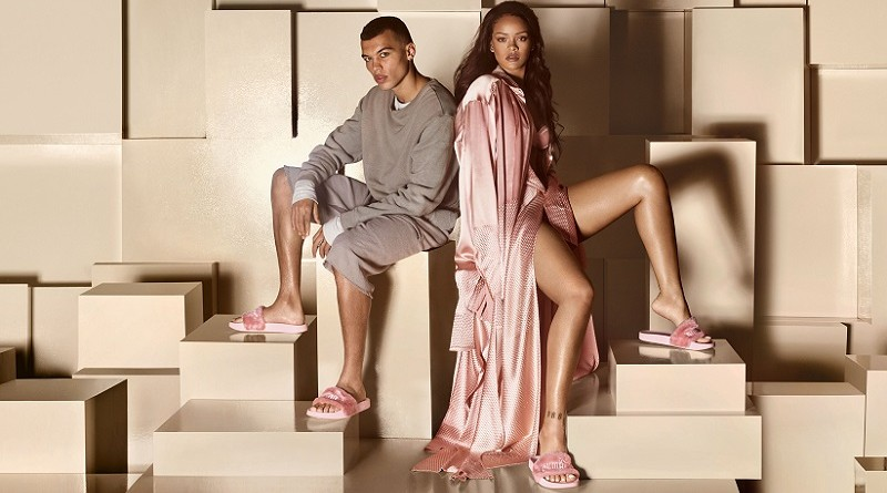 The Fur Slide by Fenty, Rihanna's nieuwste must have slipper