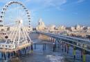 Europa's eerste reuzenrad boven zee geopend op De Pier in Scheveningen