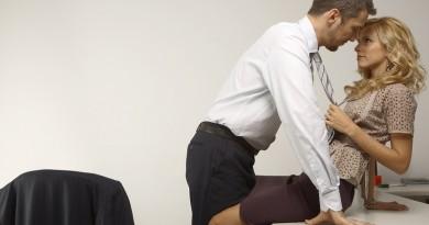 9 vragen die je jezelf moet stellen voordat je een relatie begint op het werk