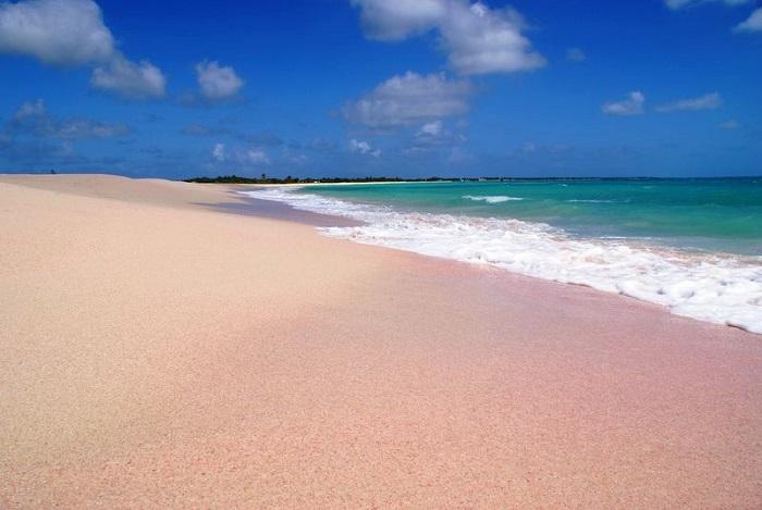 Pink Beach, Barbuda