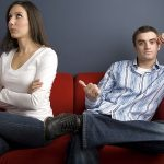 7 tekenen dat de ruzie tussen jou en je partner ongezond is