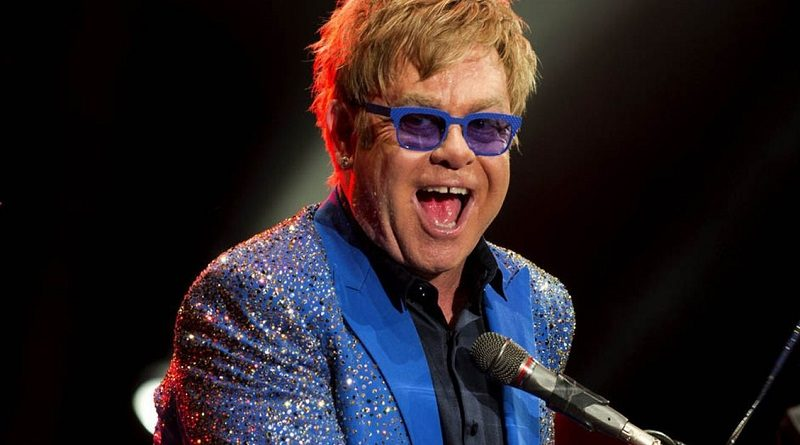 Elton John geeft afscheidstournee in Nederland