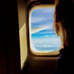 Mensen die tegen de stoel schoppen zijn de ergste nachtmerrie van reizigers